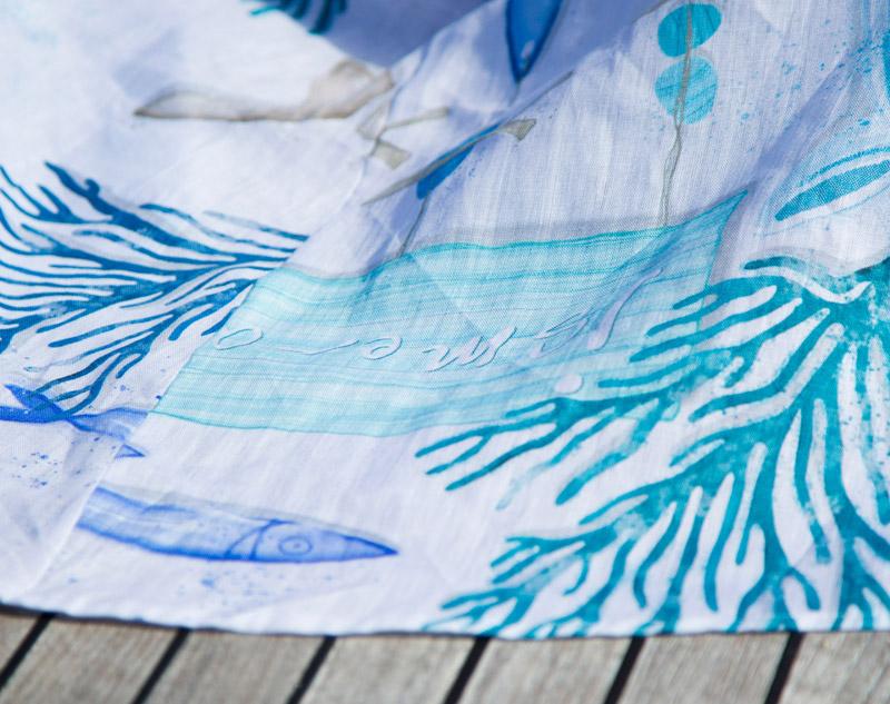 47c474fd16 ... tessuti, forme, colori. Moda Ismeralda ha un gusto originale e  totalmente italiano, tradizioni che ormai sembrano destinate a sbiadire, ma  che restano ...